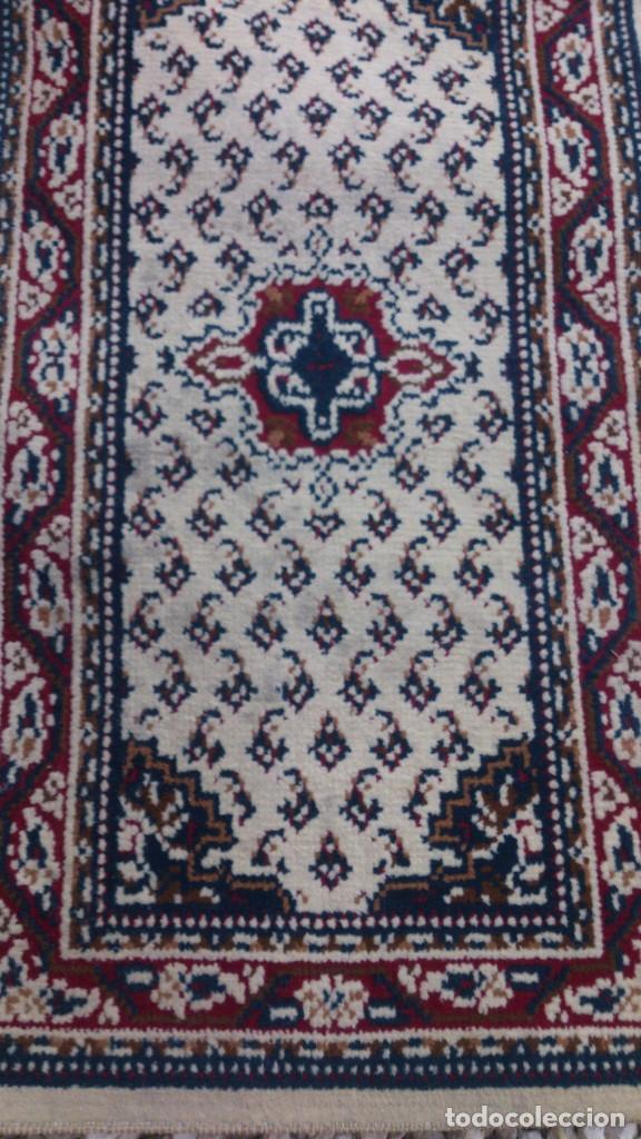 Segunda Mano: Preciosa alfombra blanca para dormitorio. - Foto 3 - 68321641