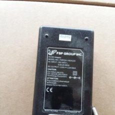 Segunda Mano: 03-00042 TRANSFORMADOR FSP GROUP INC. 220V A 12 VOLT-2 AMP. Lote 74390291