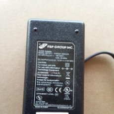 Segunda Mano: 03-00043 TRANSFORMADOR FSP GROUP INC. 220V A 12 VOLT-2 AMP. Lote 74390323