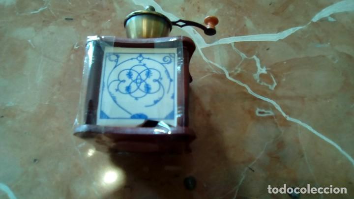 Segunda Mano: lote de 8 replicas de molinillos mas 1 roto de regalo para piezas(no funcionales) - Foto 3 - 78592009