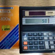 Segunda Mano: CALCULADORA CASIO SL-100N AÑOS 80 CON SU CAJA FUNCIONANDO,SOLAR. Lote 80881163