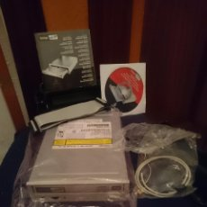 Segunda Mano: GRABADORA DVD RW CD RW - FUNCIONA - CON INSTRUCCIONES Y CAJA --REFSAMUMEESEN. Lote 82140956