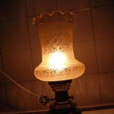 Segunda Mano: LAMPARA MESITA DE NOCHE DE CERAMÍCA, METAL Y CRISTAL.. Lote 83494568