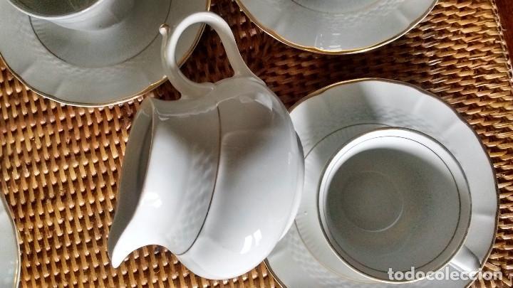 5 TAZAS 5 PLATOS LECHERA JUEGO CAFÉ PORCELANA FINA ROYAL TOGNANA ITALIA BORDE EN ORO (Segunda Mano - Hogar y decoración)