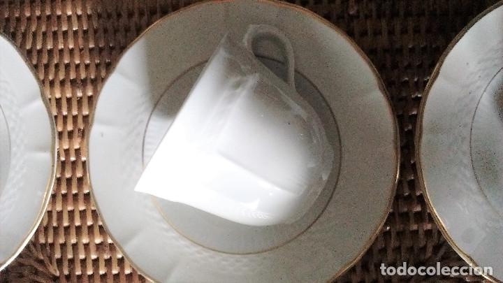 Segunda Mano: 5 tazas 5 platos lechera juego café porcelana fina Royal Tognana Italia borde en oro - Foto 2 - 84858464