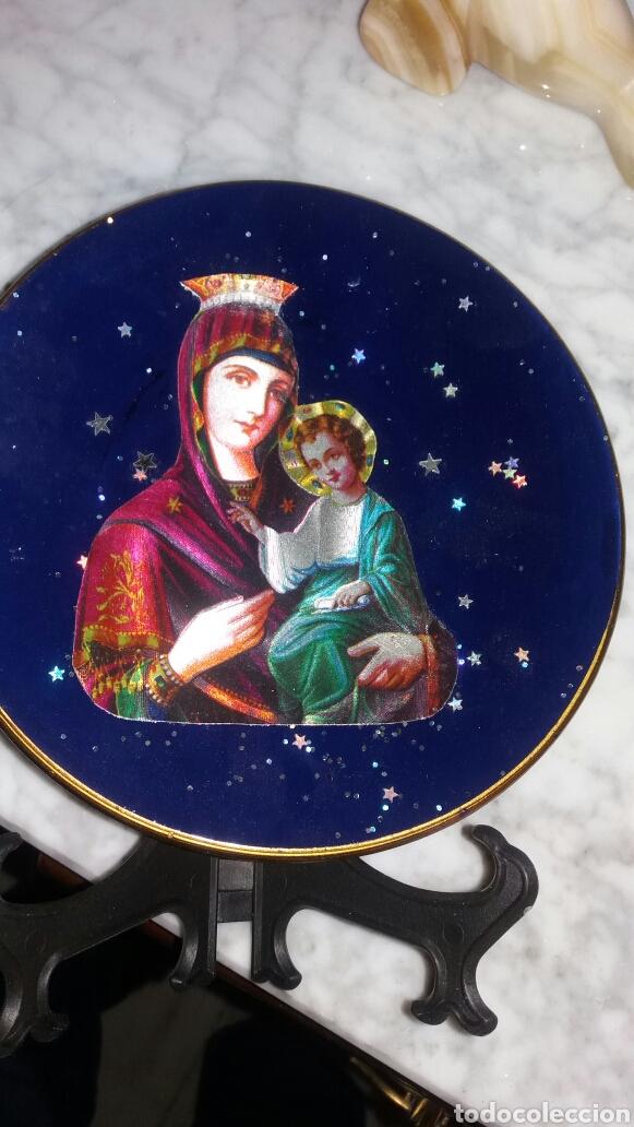 Segunda Mano: PLATO DECORATIVO DE LA VIRGEN CON EL NIÑO JESÚS - Foto 3 - 86481292