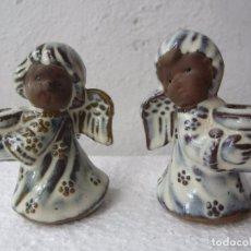 Segunda Mano: 2 PEQUEÑOS CANDELABRO ANGEL PARA PONER VELA FINA , CERAMICA. Lote 86872024