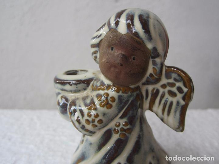 Segunda Mano: 2 pequeños candelabro angel para poner vela fina , ceramica - Foto 5 - 86872024