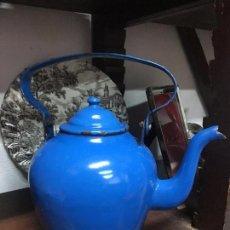 Segunda Mano: ANTIGUA CAFETERA VINTAGE ESMALTADA - MEDIDA 25 CM. Lote 88636212