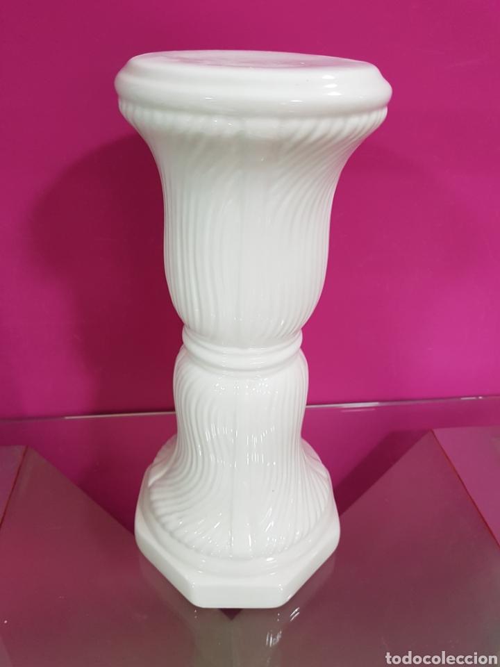 Segunda Mano: Pedestal blanco CERAMICA - Foto 3 - 90354020