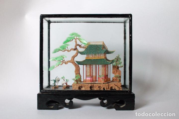 DIORAMA PAISAJE CHINO DE CORCHO ANTIGUO. 15X15 CM LATERAL ANCHO 5 CM. (Segunda Mano - Hogar y decoración)