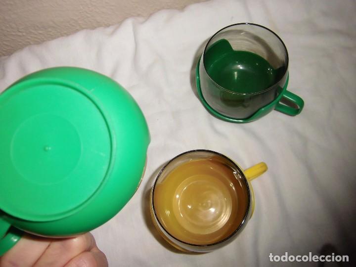 Segunda Mano: 3 TAZAS CRISTAL Y BASE DE PLASTICO 2 VERDES Y UNA AMARILLA - Foto 5 - 102087379