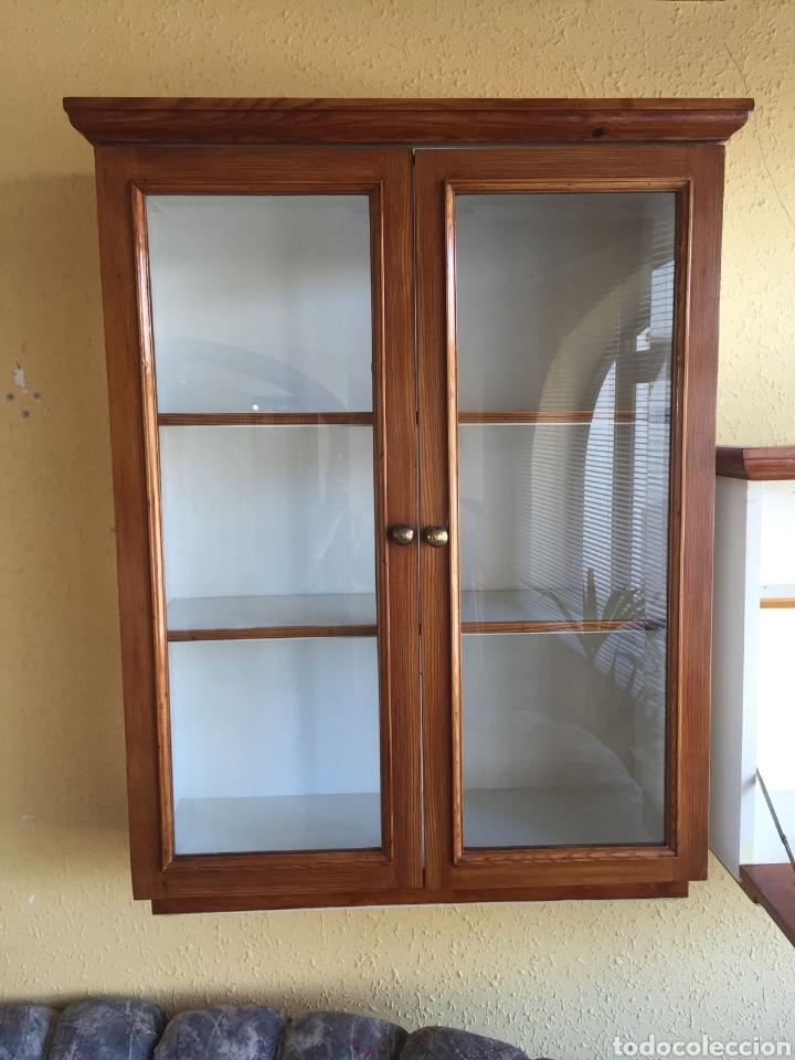Vitrina con 2 puertas con cristales comprar art culos de segunda mano de hogar y decoraci n en - Puertas de cochera segunda mano ...