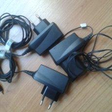 Segunda Mano: 3 CARGADORES -- TELÉFONO MOVIL -- NOKIA -- MODELOS AC-8E (2) Y AC-4E (1) -- MUY BUEN ESTADO. Lote 110449339