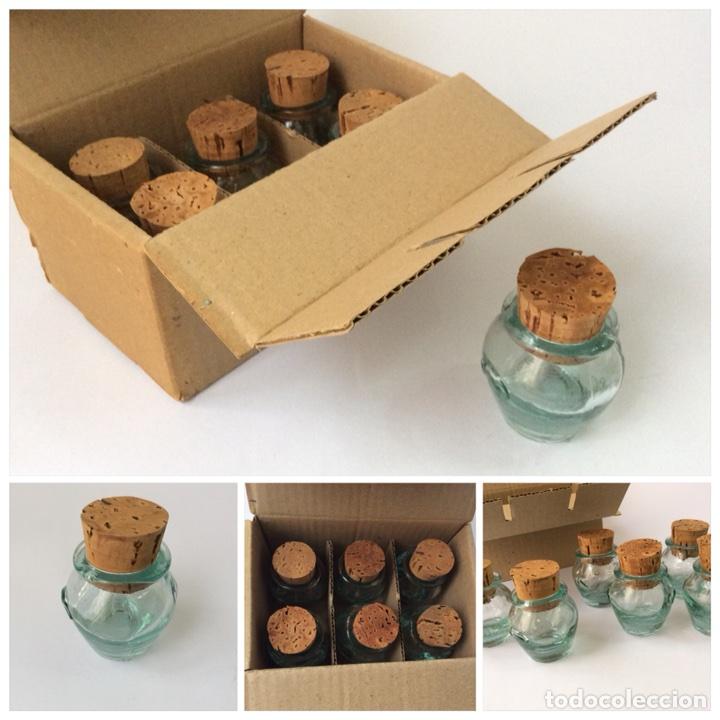 Segunda Mano: Envío 8€.Caja 6 meleras de vidrio miniatura, con tapón de corcho, de 5cm de capacidad más el tapón. - Foto 9 - 208988636