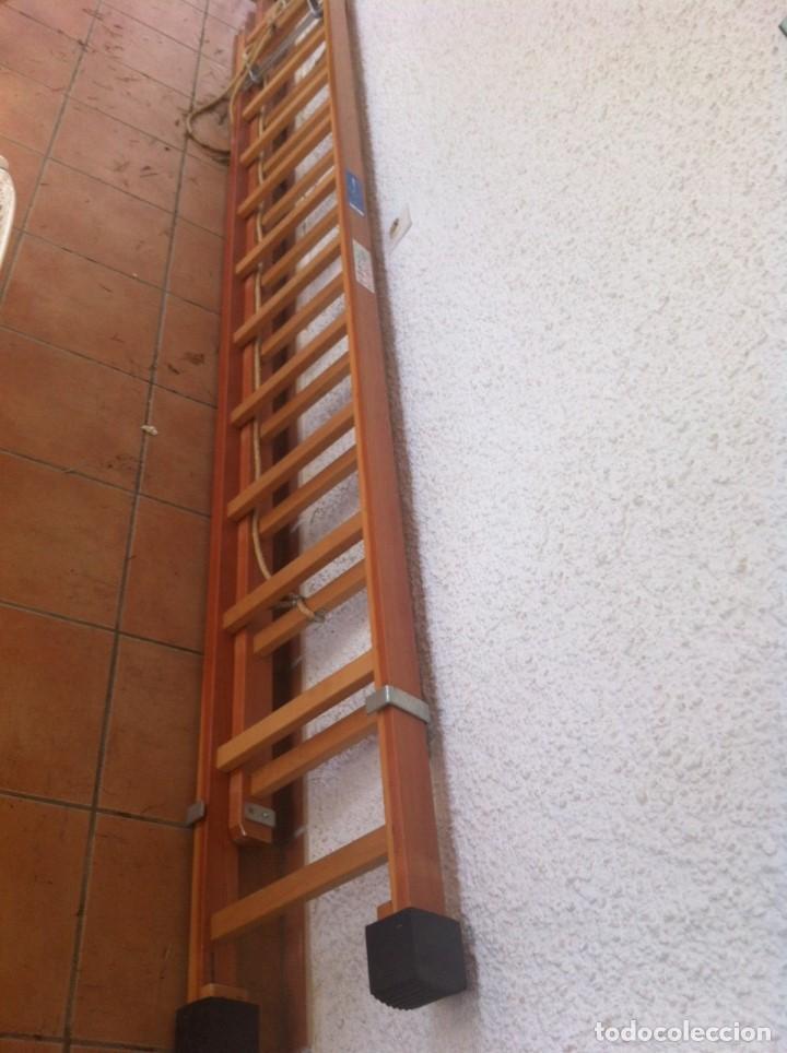 Segunda Mano: Escalera Industrial Electricista Pintor madera extensible hasta 6m. Modelo B12 Arizona. Como nueva. - Foto 2 - 114682503
