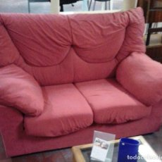 Segunda Mano: SOFA 2 PLAZAS COLOR ROJO. Lote 118987519