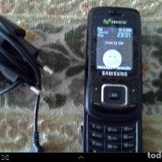 Segunda Mano: ANTIGUO TELEFONO MOVIL FUNCIONANDO CON CARGADOR SAMSUNG. Lote 121412835