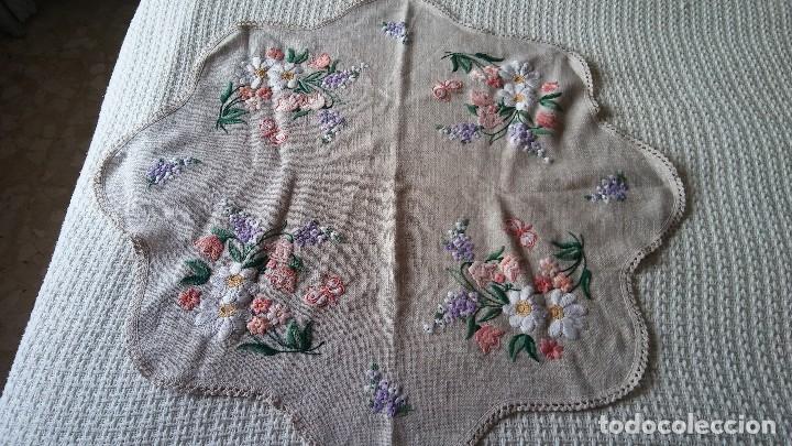 Segunda Mano: Mantel bordado a mano - Foto 3 - 146378748