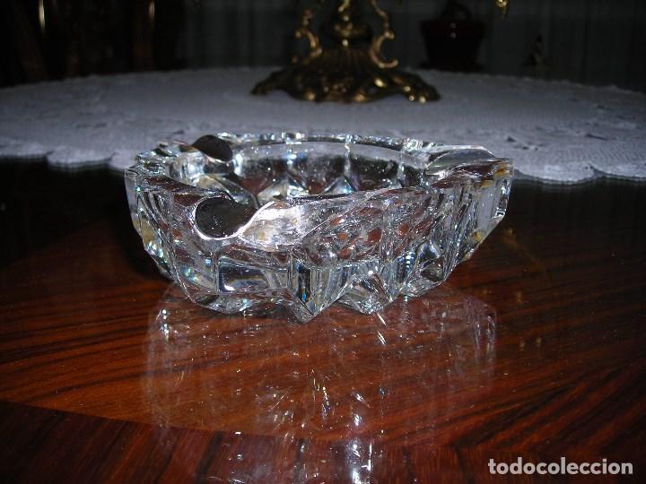 Segunda Mano: Cenicero de plata de ley (Contrastada) y cristal tallado al diamante.Transparente.Plata de ley. - Foto 4 - 124234011