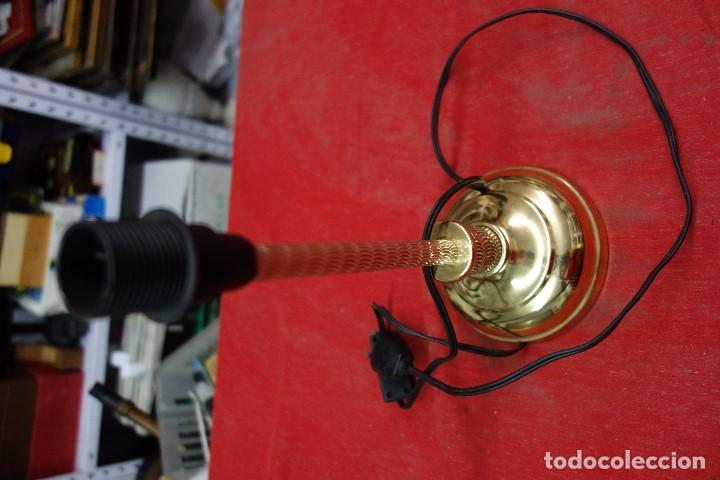 Segunda Mano: LAMPARA DE PIE DE LOS AÑOS 70 NUEVA A ESTRENAR - Foto 2 - 124882575