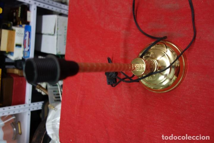 Segunda Mano: LAMPARA DE PIE DE LOS AÑOS 70 NUEVA A ESTRENAR - Foto 3 - 124882575