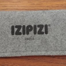 Segunda Mano: FUNDA GAFAS IZIPIZI PARIS. Lote 126233863