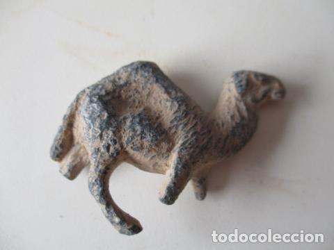 Segunda Mano: Antigua figurita de un camello de plomo. - Foto 4 - 127562506