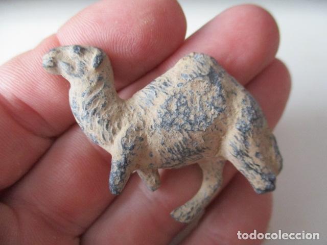 Segunda Mano: Antigua figurita de un camello de plomo. - Foto 5 - 127562506