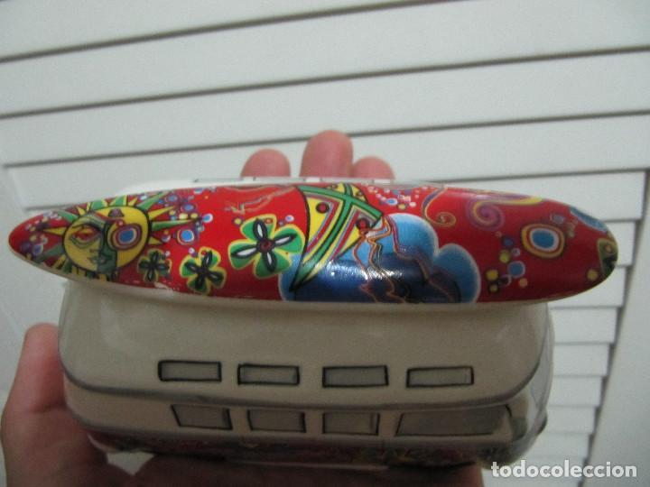 Segunda Mano: Hucha de porcelana Furgoneta Wolsvagen SURF hippie ocuk - Foto 4 - 127976839