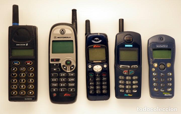 6ea773d376e 2 fotos 5 TELÉFONOS MÓVILES DE DIFERENTES MARCAS: ERICSSON, MOTOROLA,  PANASONIC, SIEMENS, ...