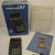 Segunda Mano: ANTIGUA CALCULADORA PROGRAMABLE TEXAS INSTRUMENTS TI-57 PROGRAMMABLE, CON CAJA Y MANUALES 1977 SPAIN. Lote 136645932