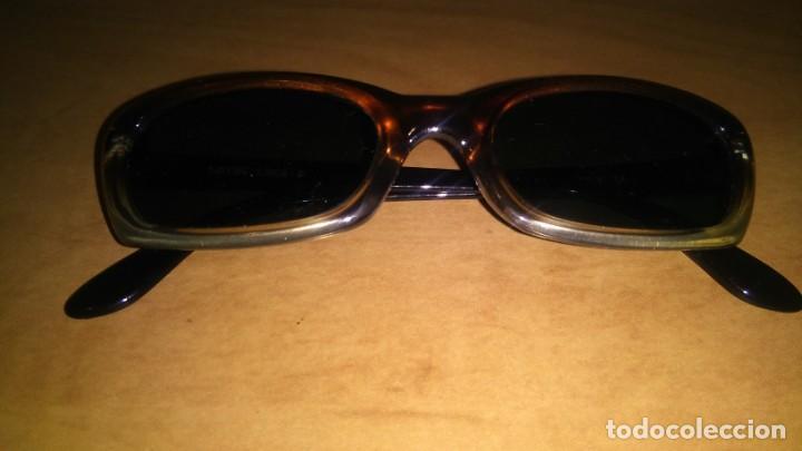 Gafas de sol graduadas lotus , made in italy, usado segunda mano