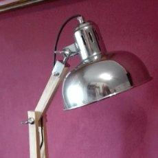 Segunda Mano: LAMPARA ARTICULADA ESTILO INDUSTRIAL. Lote 137498490