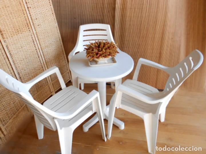 Conjunto de 1 mesa y 3 sillas para terraza jar comprar for Sillas de terraza de segunda mano