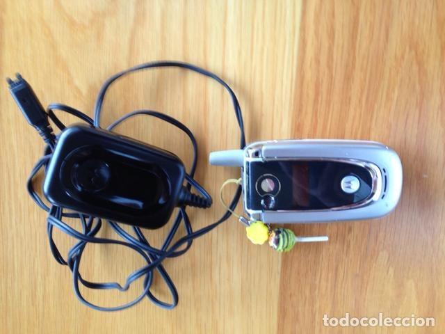 TELEFONO MÓVIL VINTAGE MOTOROLA (Segunda Mano - Artículos de electrónica)