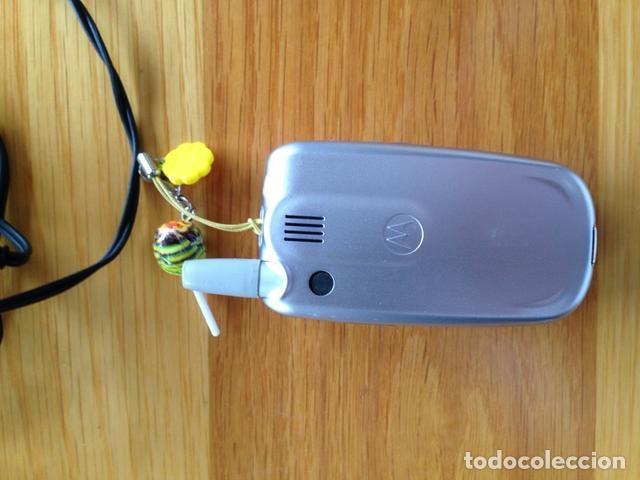 Segunda Mano: Telefono móvil vintage Motorola - Foto 3 - 137847282