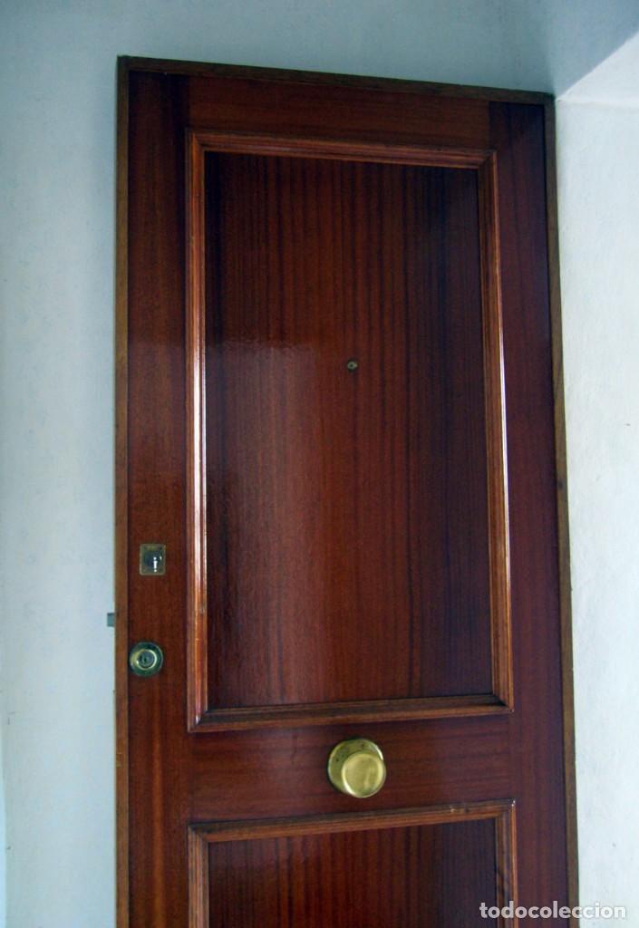 Segunda Mano: Puerta blindada de madera - Foto 4 - 139606846