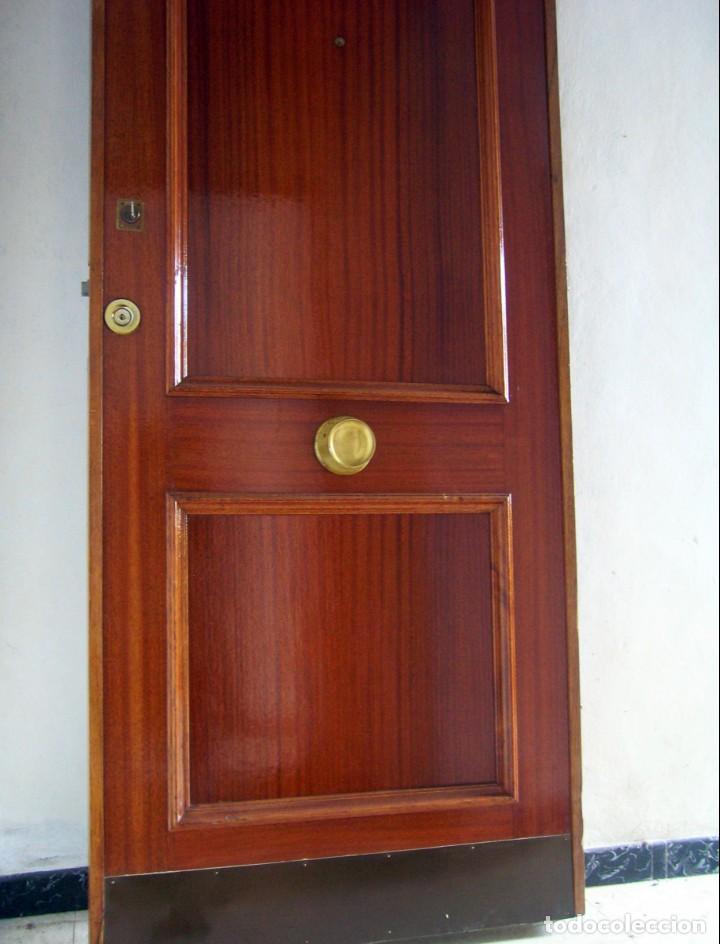 Segunda Mano: Puerta blindada de madera - Foto 5 - 139606846