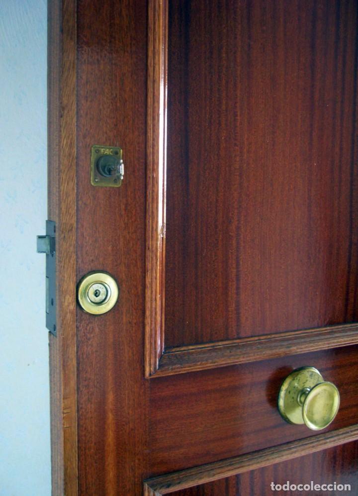 Segunda Mano: Puerta blindada de madera - Foto 6 - 139606846