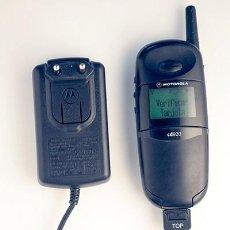 Segunda Mão: MOTOROLA CD920. TELÉFONO MÓVIL RETRO.. Lote 141733458