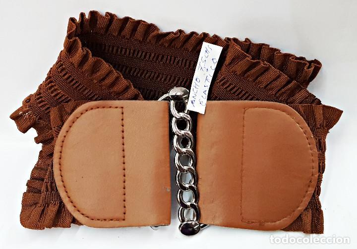 Segunda Mano: Lote de 10 Cinturones surtidos Vintage de señora. - Foto 3 - 143792278