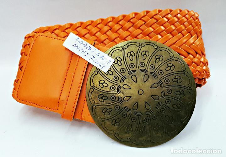Segunda Mano: Lote de 10 Cinturones surtidos Vintage de señora. - Foto 4 - 143792278
