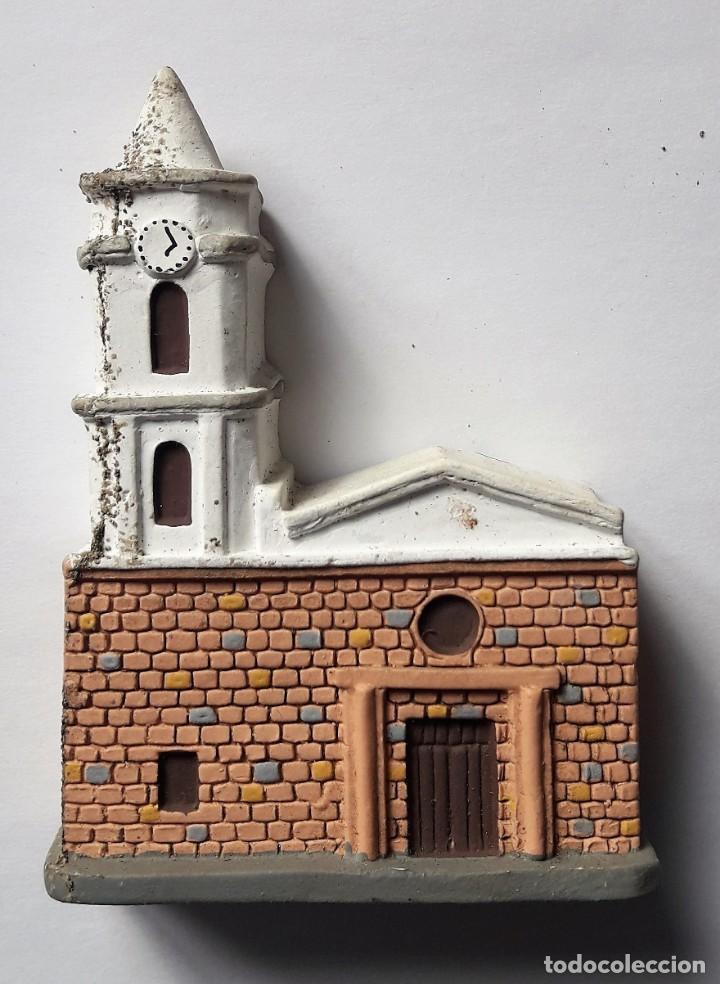 ARTESANÍA: IGLESIA DE PALERMO, DEPARTAMENTO DE HUILA. (COLOMBIA). MAQUETA REALIZADA EN YESO. (Segunda Mano - Hogar y decoración)