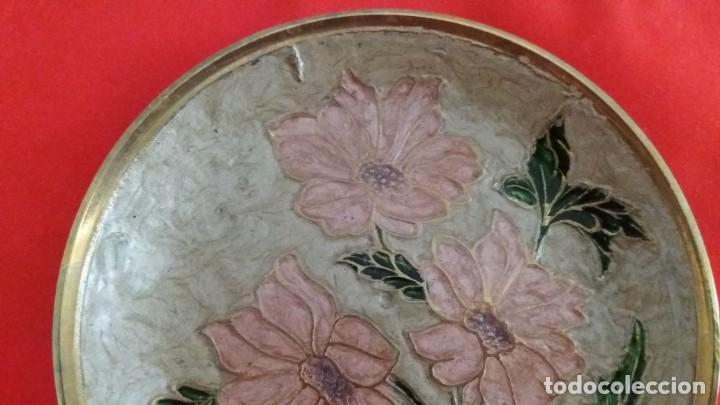 Segunda Mano: Plato de bronce con esmalte - Foto 3 - 145994710