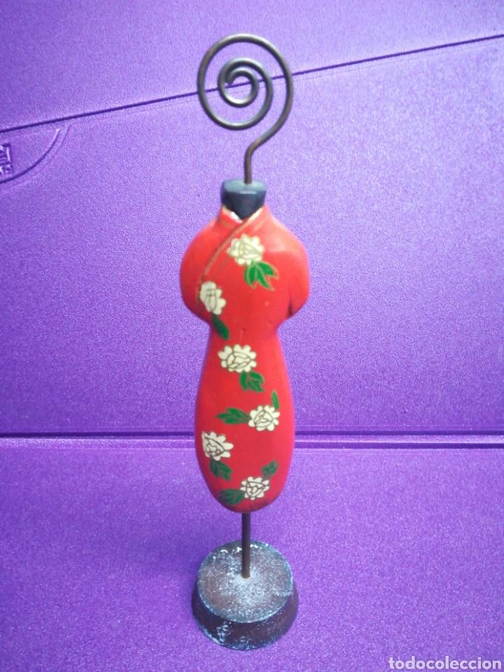 Segunda Mano: Sujeta collar. Joyero. Porta collares antiguo. - Foto 2 - 149610722