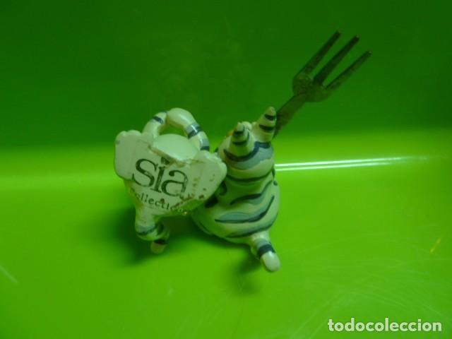 Segunda Mano: Figuras gatito. Sia - Foto 2 - 157988678