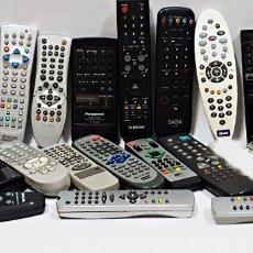 Segunda Mano: GRAN LOTE DE 24 MANDOS TV,DVD,ETC::. Lote 151003002