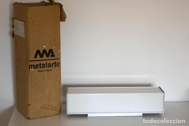 Segunda Mano: Lámpara aplique de pared Nawa 2 de Metalarte diseño Antoni Arola 1999 - Foto 2 - 223437090