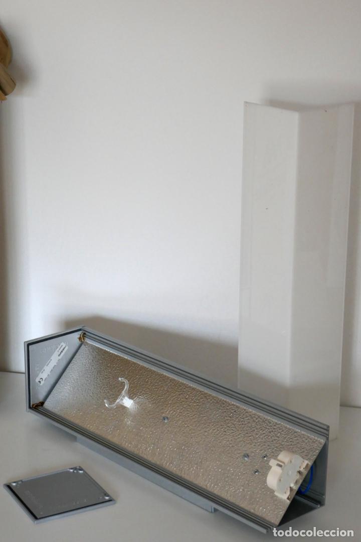 Segunda Mano: Lámpara aplique de pared Nawa 2 de Metalarte diseño Antoni Arola 1999 - Foto 3 - 223437090